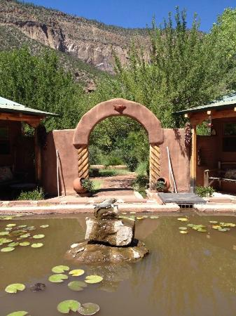 Yoga Retreat in Jemez Springs – 4/15-17/16 (SOLD OUT)